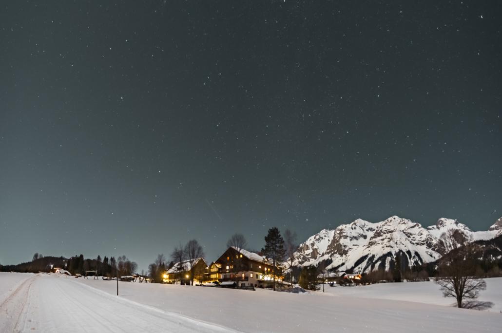 klarer Winterabend Bacherhof, Ramsau am Dachstein
