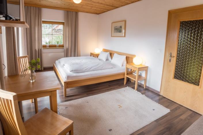 Grüne Erde Doppelzimmer mit Kochnische, Bacherhof