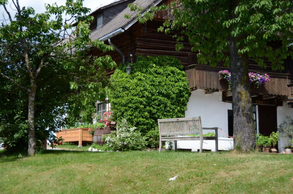 Gemüse und Obst vom eigenen Garten, Bio Bauernhof Bacherhof