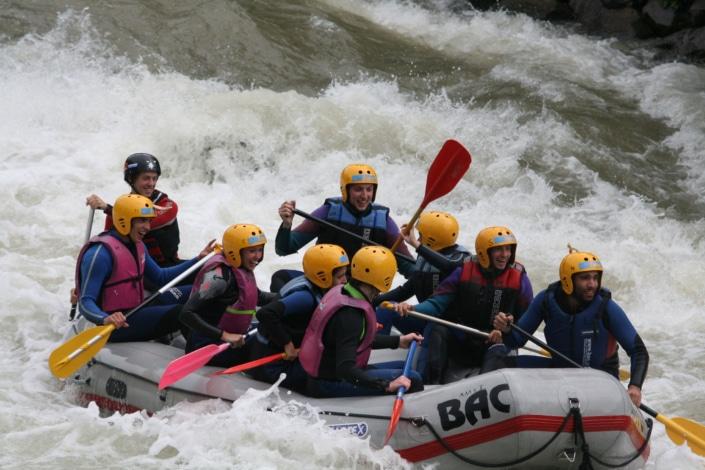 Freizeitaktivitäten-Rafting Touren auf der Enns