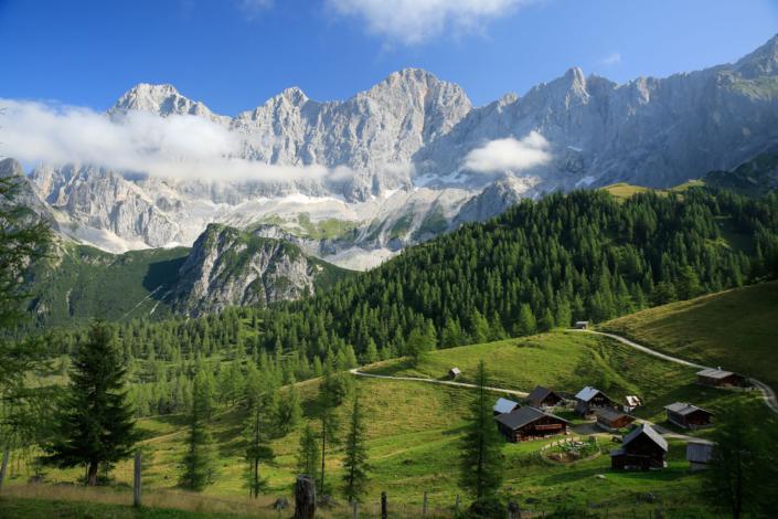 Sommer Urlaub in den Bergen von Ramsau am Dachstein