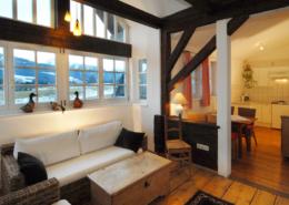 Apartment mit hellem Wohnbereich und Küche, Bacherhof